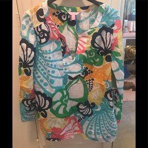 Wonderful lightweight Lilly tunic. NEW with tags.